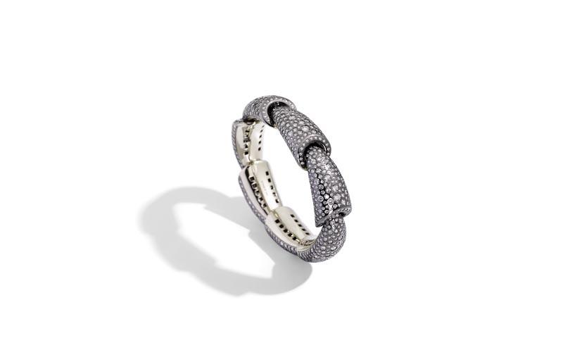 CALLA bracelet white gold diamonds eyeliner