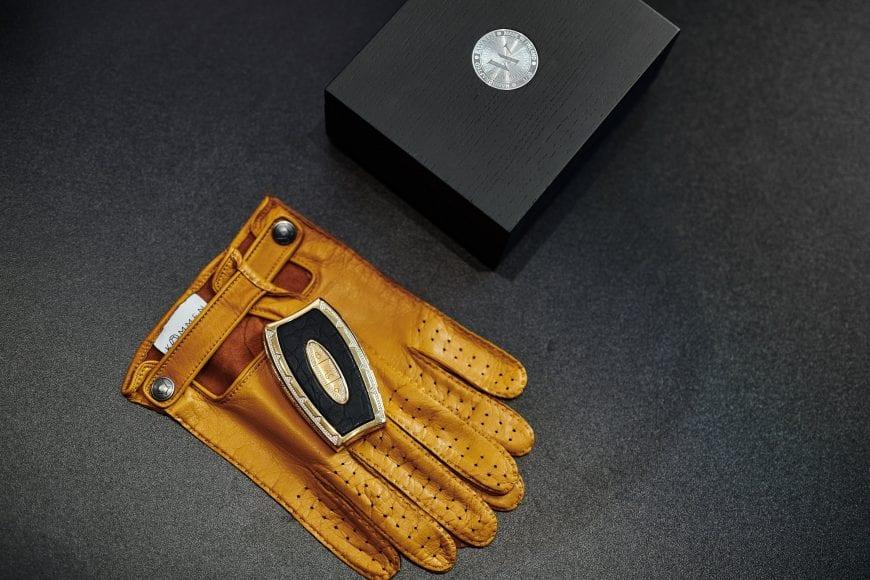 Awain Key Perspective - Glove